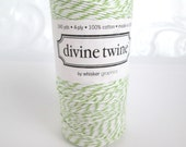 Baker's twine 240 yard spool green and white twisted twine, wrapping string, craft string
