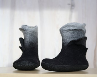 Felted Booties Black Grey Ombré boots Ankle boots Women boots Short boots Woolen shoes Valenki Winter boots Snow boots Handmade 100%wool