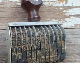 Vintage Pullman Stamp 12 Band Bands Row Wood Handle Numbers Letters Symbols