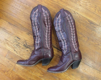6M Women's Cowboy Boots / Port Wine Leather Tall Boots / Vintage Western Shoes
