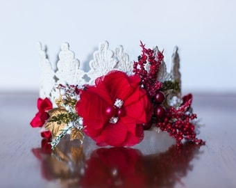 Christmas Lace Crown in Red and Ivory - Mini Crown - Baby Lace Crown - Shabby Chic - Alice in Wonderland