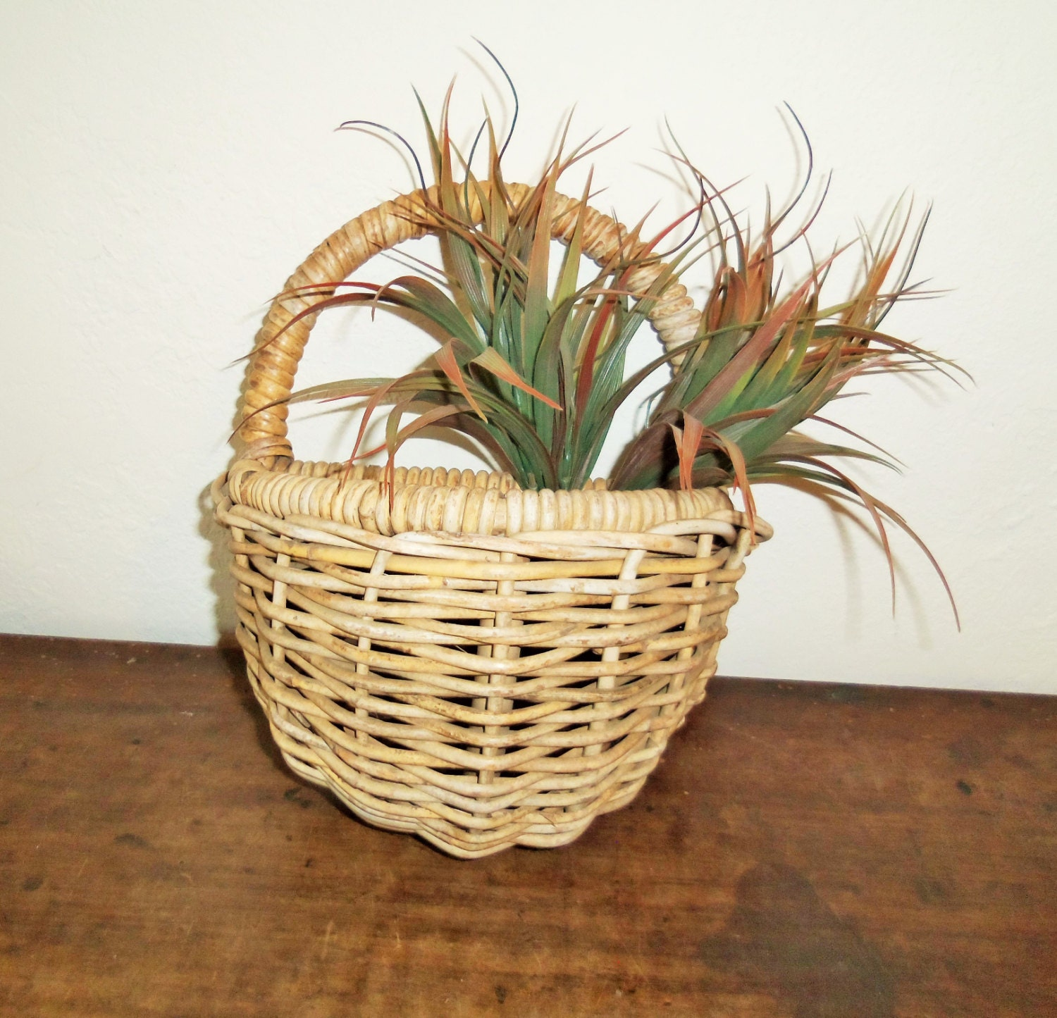 How To Hand Weave A Basket : Primitive hand woven basket wall hanging by nostalgicnuance
