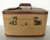 1940s Tweed / Leather Train Case Belber Wood Handle Brass Vintage