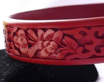 Vintage Cinnabar Bangle Bracelet Hand Carved Retro Asian Red Lacquerware Jewelry