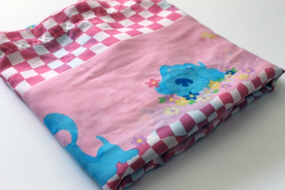 Blue Clues Magenta Bed Sheet