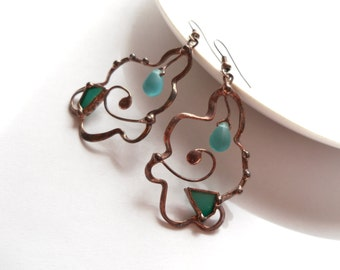 Copper wire earrings, bohemian jewelry, artistic earrings, turquoise stained glass jewelry, fashion jewelry, woman gift, glass beaded