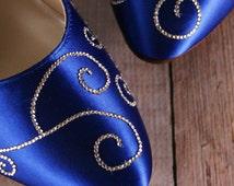 Royal Blue Wedding Shoes / Custom Bridal Heels / Silver Crystal Filigree Heels / Something Blue Wedding / Medium Heel / Closed Toe