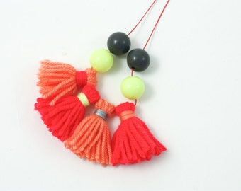 Colorful tassel wool necklace - Pink, coral, neon yellow beads - Colorful accessories for kids and grown-ups