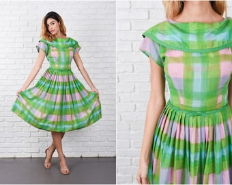 Green + Pink Plaid Dress Vintage 50s 60s Pleated Bow Full Medium M 8328
