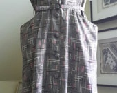 1940s WWII Ann Carter Gray w/ Pink White & Black Abstract Pattern Rayon Silk Day Dress with Matching Belt Large