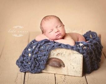 Newborn Bump Blanket - 'ROYAL' - baby blanket - photo prop - knitbysarah - stitches by sarah