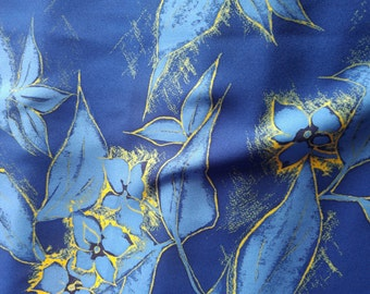 "Vintage Japanese  silk kimono fabric 92 cm x 36 cm  blue flowers 36"" x 14"""
