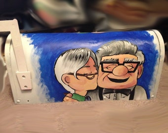 Carl and Ellie Mailbox
