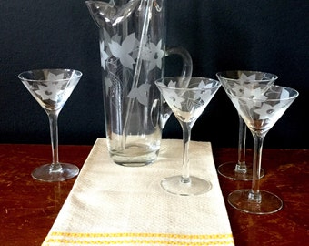 1960's Daffodil Martini Pitcher & Glasses Set