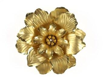 Large Gold Tone Chrysanthemum or Dahlia Flower Vintage Brooch Pin