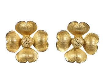 Vintage Dogwood Flower Earrings Gold Tone Signed Giovanni Clip Back