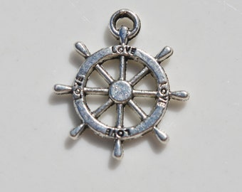 Ship Wheel Charm 5CT. (Y32)