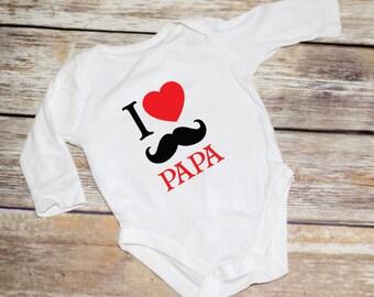 I Heart Papa Onesies, Onesie, Baby Shower Gift, Unisex Onesie, Newborn Onesie, Newborn Outfit, Newborn Gift