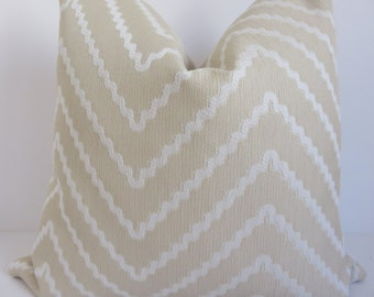 Chevron Pillow Cover, 20x20 Pillow, Cream Pillow Cover, Tan Pillow Cover, Zig Zag Pillow, Pillow Cover, Pillow, Tan Cream Pillow