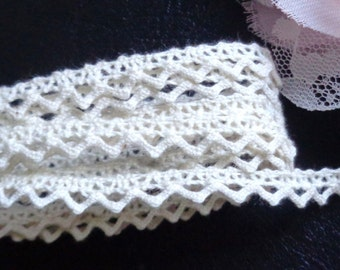 1/4 Inch Crochet Trim Ribbon natural color selling by the yard