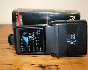 Vintage Phoenix Camera Electronic Flash Vintage Z1F105C Phoenix Electronic Flash Vintage Camera Supply from The Eclectic Interior