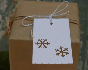 10 Embossed Snowflake Gift Tags ~ Christmas ~ Pary Celebrations