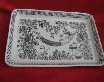 Vintage Arabia of Finland Emilia Pattern Serving Plate