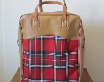 Thermos Red Plaid with Brown Vinyl Bag Contains 1 Thermos 1 Sandwich Box