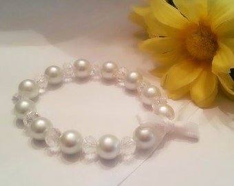 White glass pearl and crystal Bracelet with white Bow - Bridal, Bridesmaid, Flower Girl, white ribbons, white bow