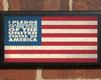 American Flag Pledge of Allegiance Wall Art Sign Plaque Gift Present Home Decor Vintage Style Stars Stripes Patriot Home of Brave Classic