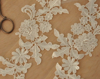 Ivory Venice Lace Applique Pair for Bridals, Veils, Gowns , Costume