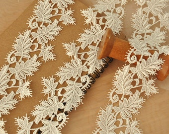 2 yards ivory venice lace trim