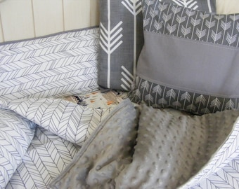 grey white, woodland, baby bedding, crib bedding,feather,arrows,minimalist,monochromatic