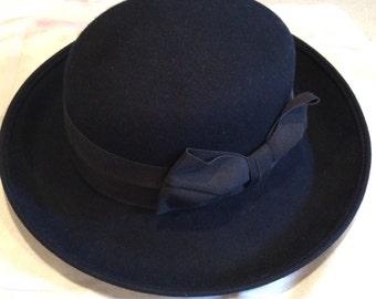 Navy Bollman wool felt hat
