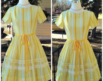 Vintage 1950s Yellow Cotton Day Dress Stripe Print Rockabilly VLV Small S