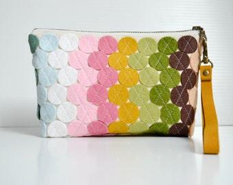 Colorful Clutch Felt Bag Wristlet Wallet Felt Purse Personalized Bag iPhone Wallet Everyday Bag Small Handbag Burlap Bag