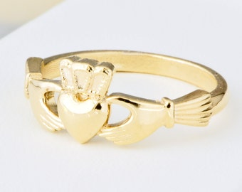 10K Yellow Gold Claddagh Ring, Irish Wedding. Claddagh Jewelry, Gold Promise Ring, Irish Ring, Engagement Ring, Gift For Her