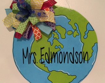 Earth Door Hanger, Teacher Door Hanger, Classroom Door Hanger, Back To School, Social Studies , Earth Day, Science