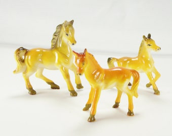 Miniature Horse Figurines Vintage Plastic Horses 1950's-1960's Horse Charms Horse Decor Horse Lover Gift