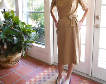 Vintage Bobbie Brooks dress structured bow detail union tag 1950's 1960's golden taupe short sleeve slim mid century: small