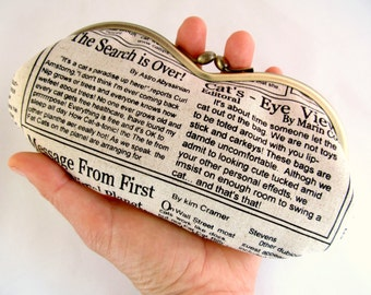 Newspaper Glasses Case - Soft Eyeglass Case - Eye Glass Case - Sunglass Case - Cute Glasses Case - Sunglass Case - Kiss Lock