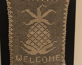 A982)  Vintage Hand Crochet Pineapple Welcome wall hanging