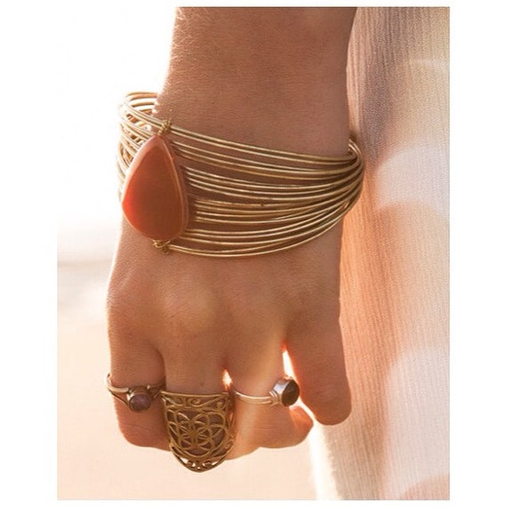RED AGATE BRACELET- Arm Cuff- Healing crystal bracelet- Agate- Crystal Jewellery- Festival- Statement Jewelry- Chakra Bracelet- Spiritual