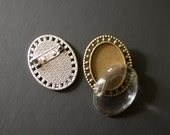 DIY pendant Broach pin kit -- oval pendant with matching glass  18mm x 25mm - Lead and Nickel Free