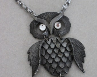 Large Articulated Owl Necklace Dark Gray Pewter