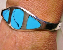 Sterling Silver Inlaid Turquoise Hinged Bangle Bracelet Made in Mexico .925 Signed Piece
