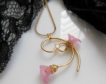 Vintage Pink Petal Faux Pearl Orchid Flower Golden Flourish Pendant Necklace