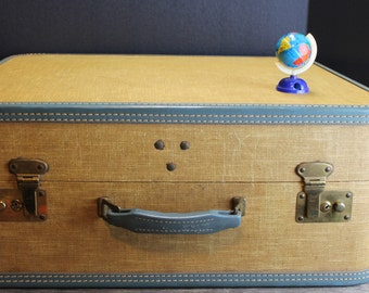 Vintage 1960s Smart Mustard Yellow and Blue Suitcase // Vintage Luggage