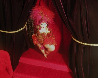 Van Craig presents the Vantastiks plus size burlesque cabaret ballerina