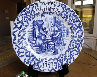 Royal Crownford Straffordshire England Merry Christmas Plate by Norma Sterman